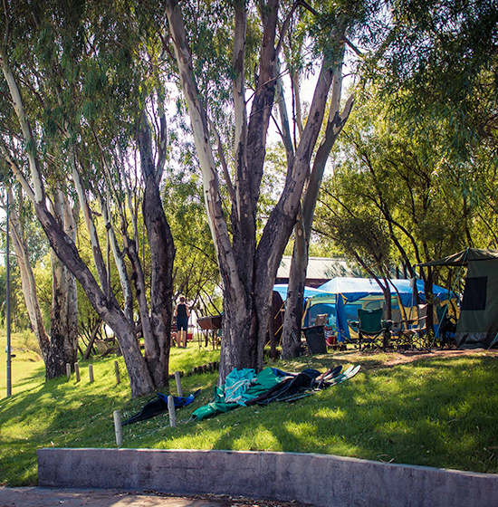 Broadwater accommodation and camping