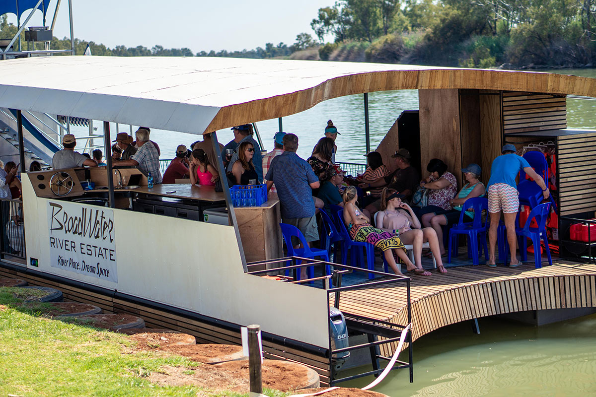 natura barge cruises on the vaal