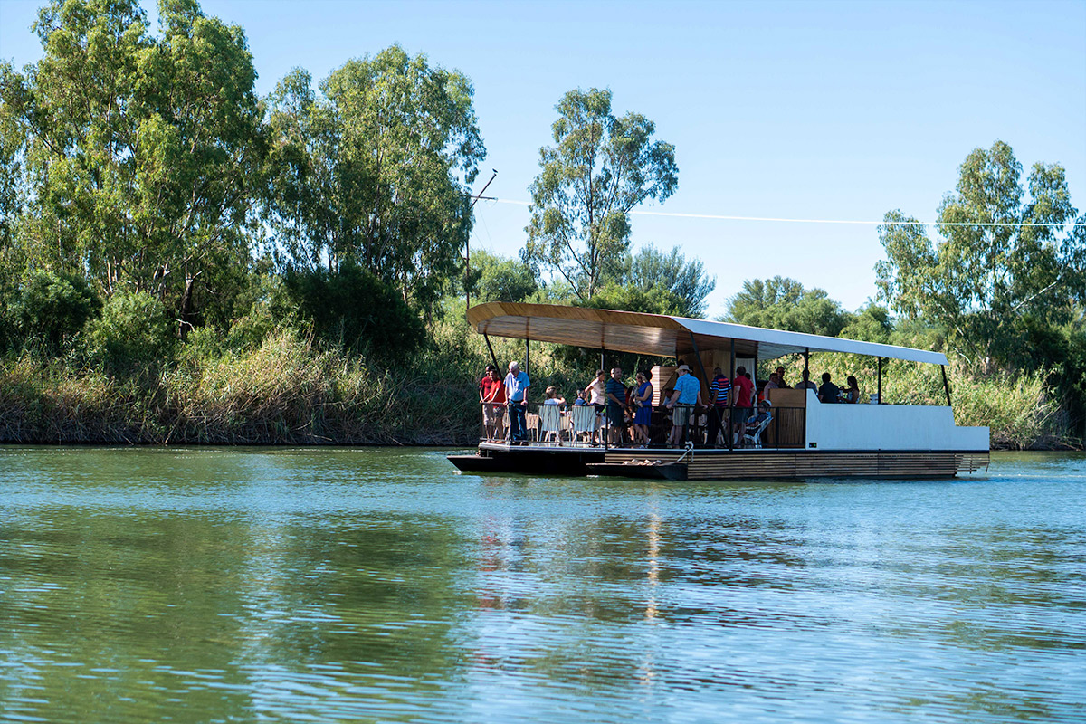 boat cruises at broadwater on the vaal